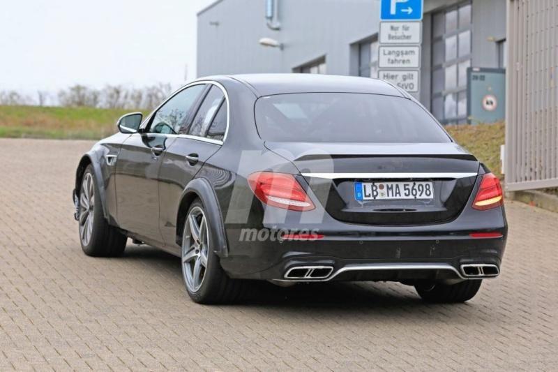2020 - [Mercedes] SLK IV [R173] 93720a10