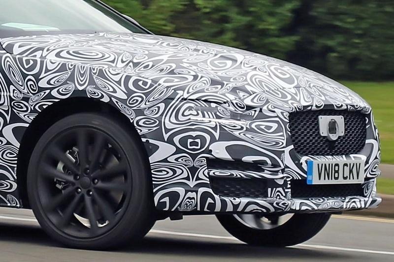 2019 - [Jaguar] XE restylée  942cc010