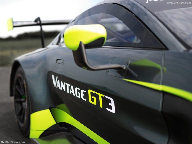 2017 - [Aston Martin] Vantage - Page 3 94fffd10