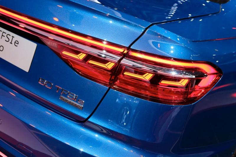 2017 - [Audi] A8 [D5] - Page 13 95a2f510