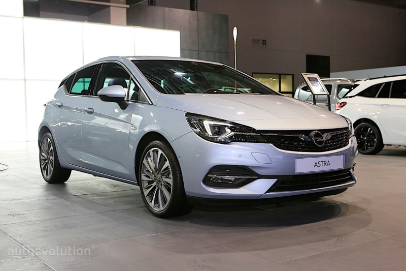 2018 - [Opel] Astra restylée  - Page 7 9a7d4310
