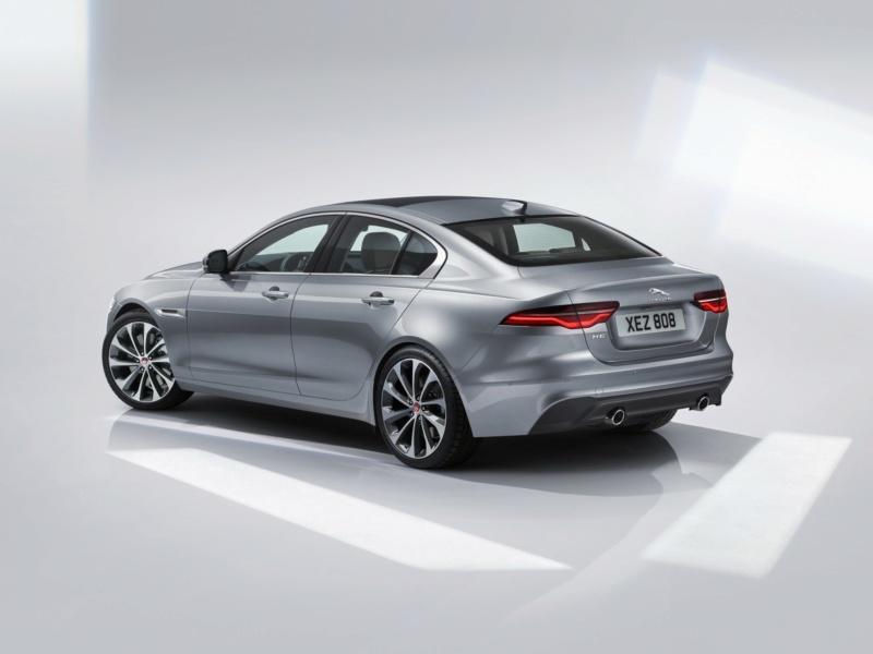 2019 - [Jaguar] XE restylée  9bb69f10