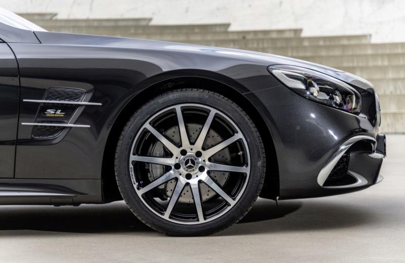 2015 - [Mercedes] SL Restylé [R231] - Page 4 9f128c10