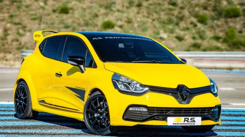 2016 - [Renault] Clio IV restylée - Page 10 A0f1bb10