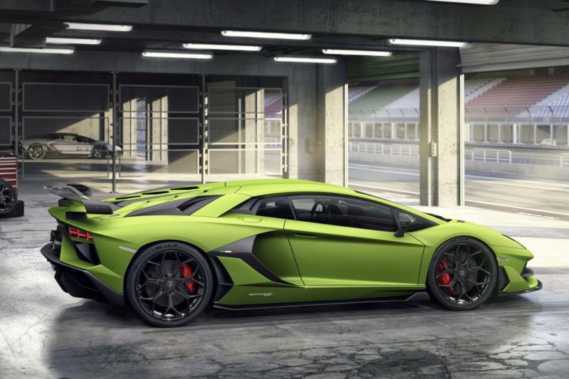 2011 - [Lamborghini] Aventador LP700-4 - Page 27 A1000b10