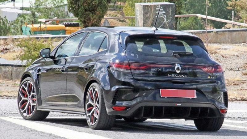 2019 - [Renault] Megane IV restylée  - Page 15 A1016