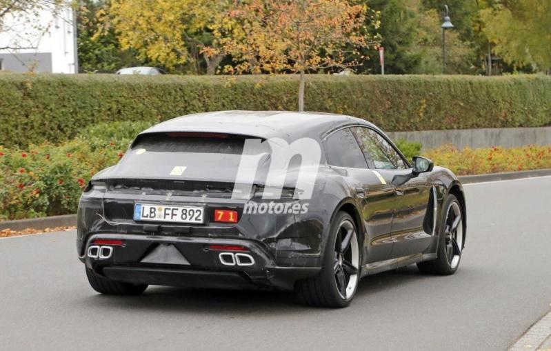 2020 - [Porsche] Taycan Sport Turismo A1019