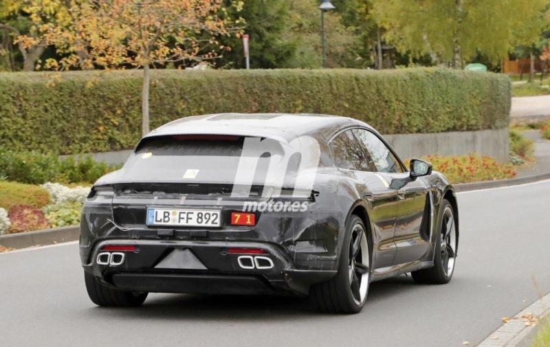 2020 - [Porsche] Taycan Sport Turismo A1117
