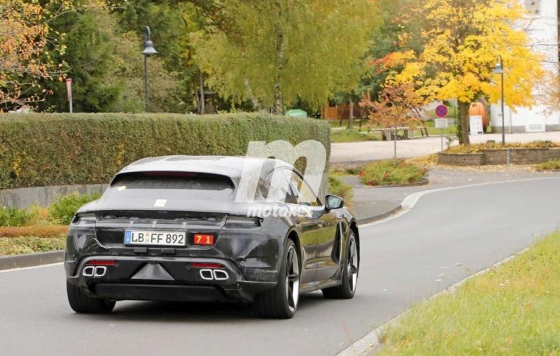2020 - [Porsche] Taycan Sport Turismo A1215