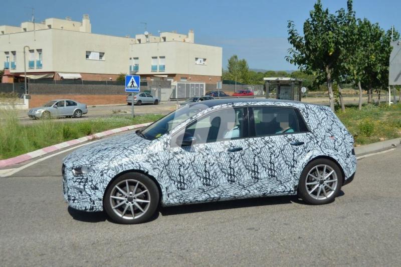 2020 - [Mercedes-Benz] EQ A A126be10