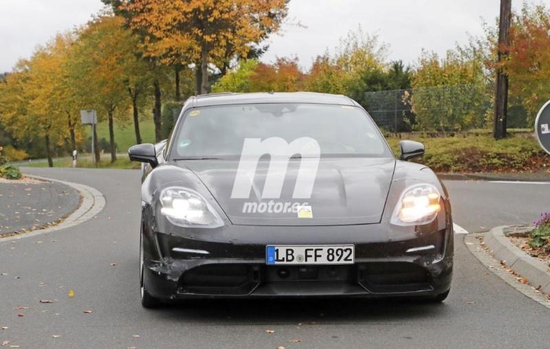 2020 - [Porsche] Taycan Sport Turismo A132