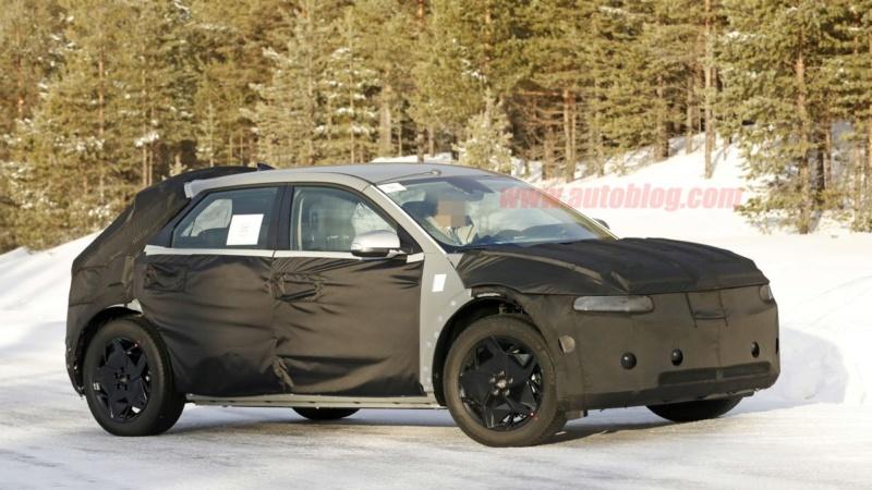 2021 - [Hyundai] SUV EV A18f7610