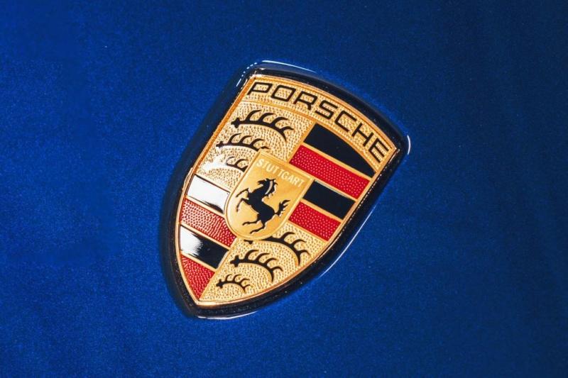 2019 - [Porsche] Taycan [J1] - Page 13 A2442310