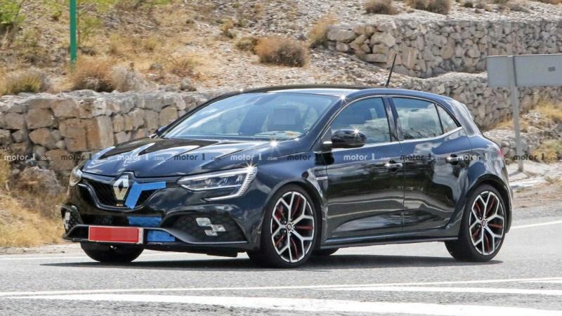 2019 - [Renault] Megane IV restylée  - Page 15 A323