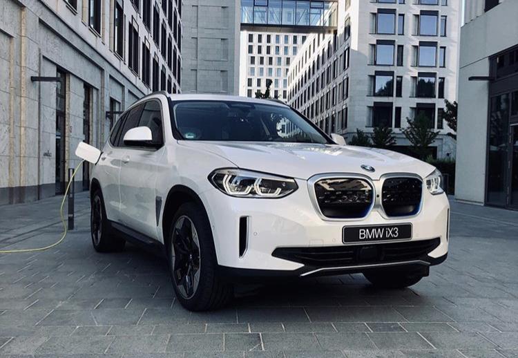 2016 - [BMW] X3 [G01] - Page 14 A4c05710