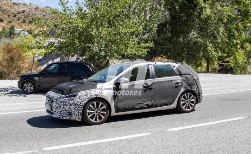 2020 - [Hyundai] I30 III 5p/SW/Fastback Facelift A517