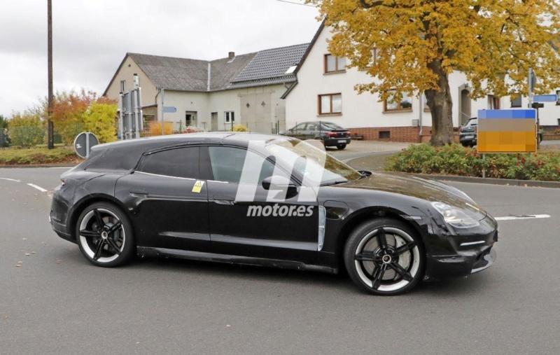 2020 - [Porsche] Taycan Sport Turismo A530