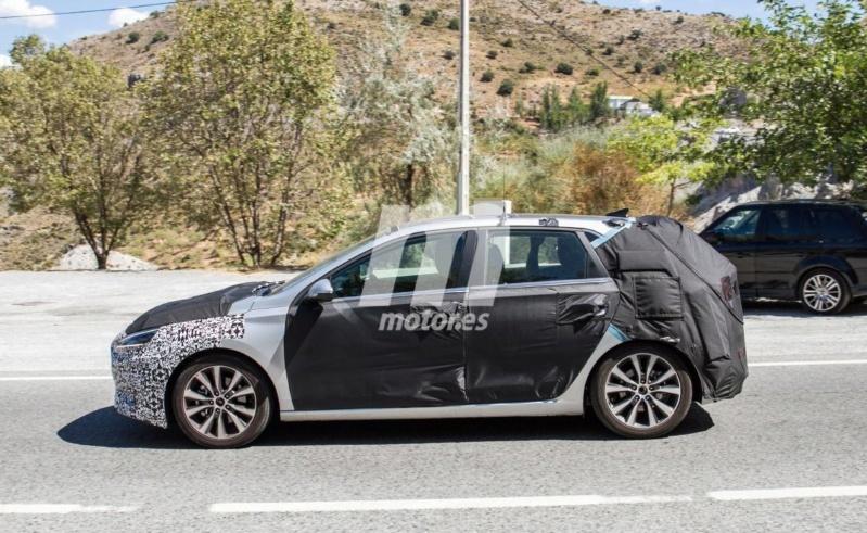 2020 - [Hyundai] I30 III 5p/SW/Fastback Facelift A715