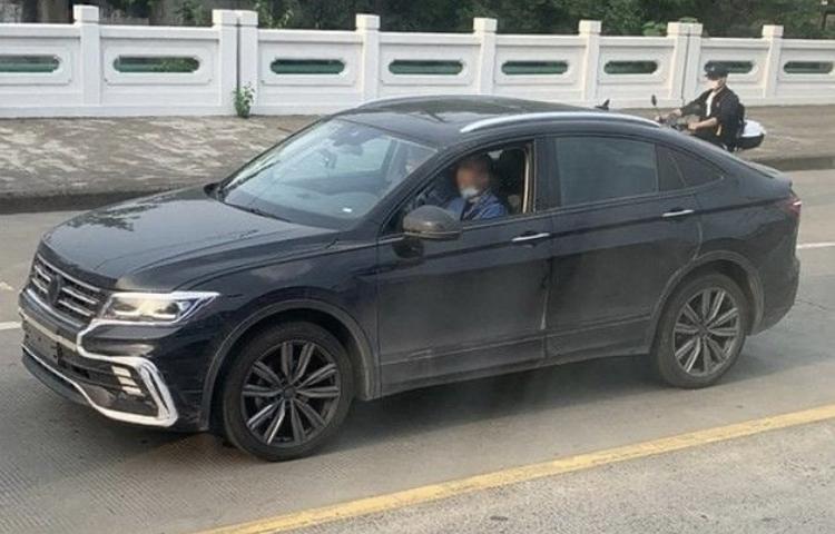 2020 - [Volkswagen] Tiguan X A76f3010