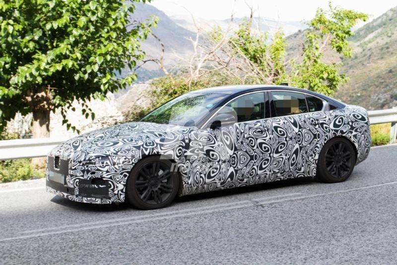 2019 - [Jaguar] XE restylée  Aa156910