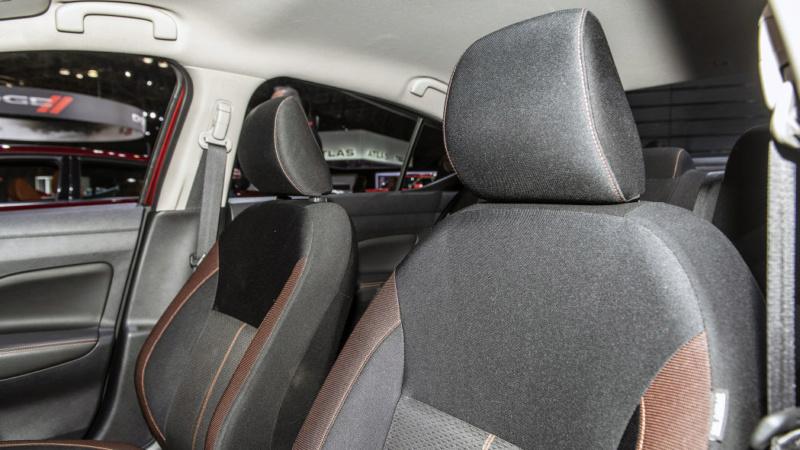 2020 - [Nissan] Versa Acc70710