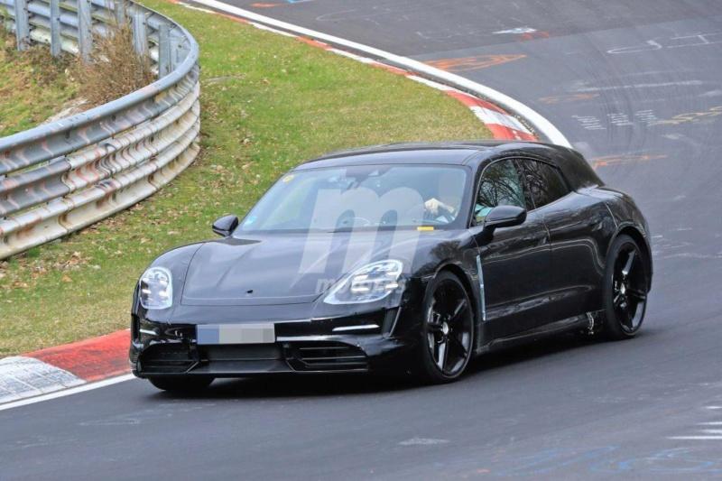 2020 - [Porsche] Taycan Sport Turismo Ae11b710