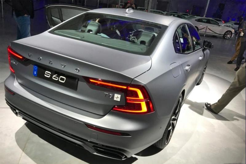 2018 - [Volvo] S60/V60 - Page 8 Af5c5410