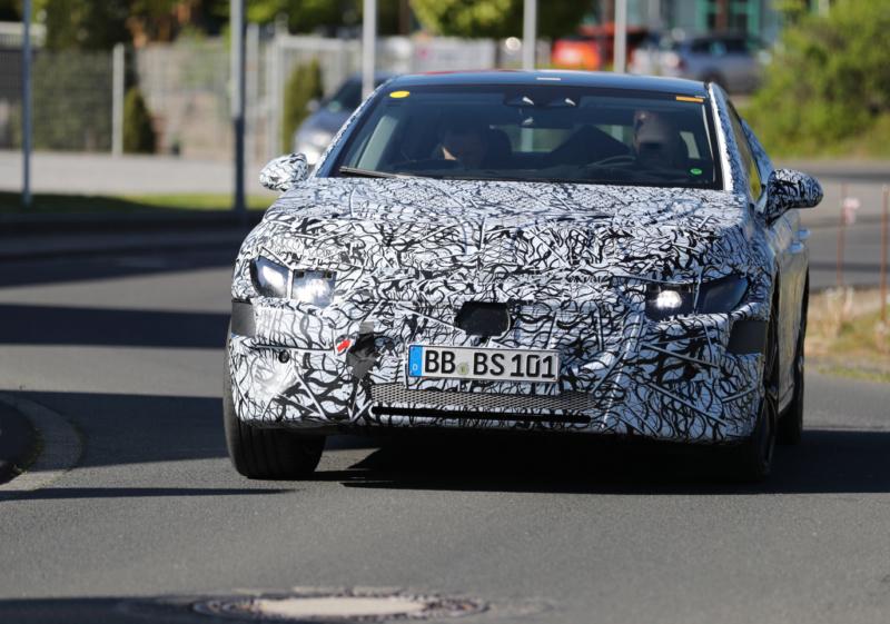 2021 - [Mercedes-Benz] EQE Affcae10