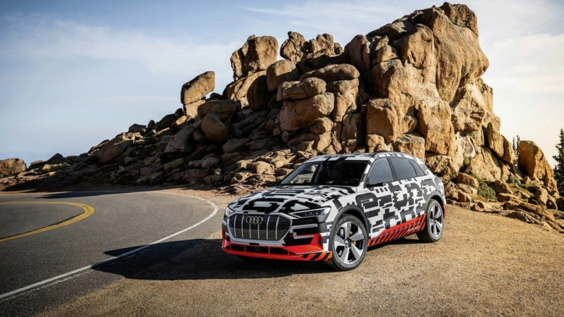 2018 [Audi] E-Tron Quattro - Page 5 Audi-e24