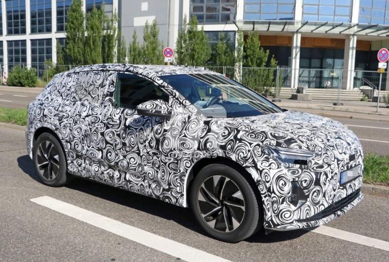2020 - [Audi] Q4 E-Tron Audi-q33