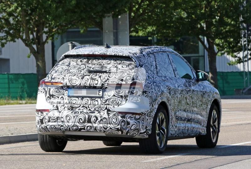 2020 - [Audi] Q4 E-Tron Audi-q40