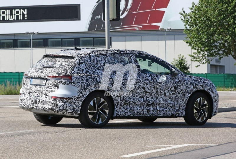 2020 - [Audi] Q4 E-Tron Audi-q42