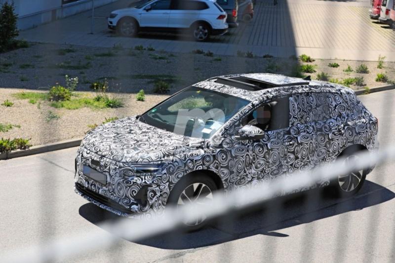 2020 - [Audi] Q4 E-Tron Audi-q56