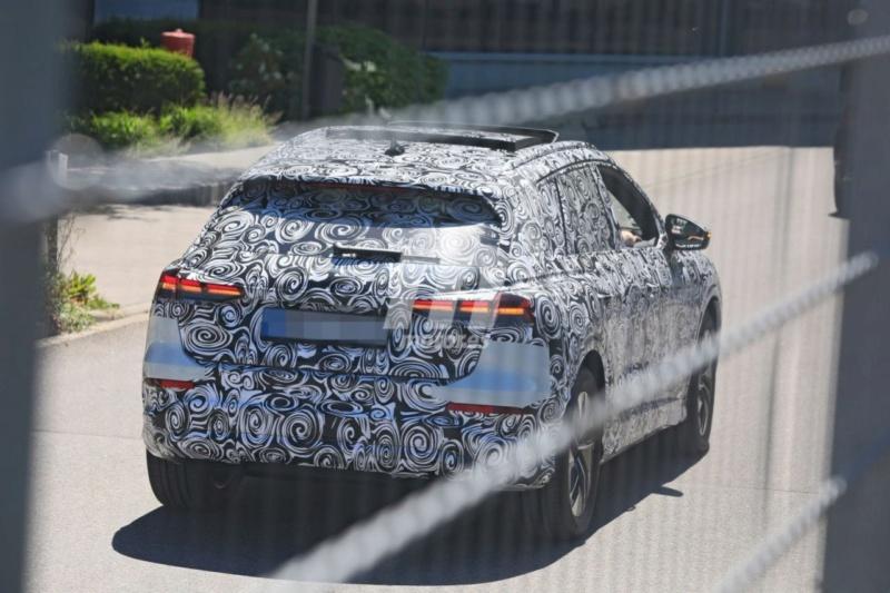 2020 - [Audi] Q4 E-Tron Audi-q61