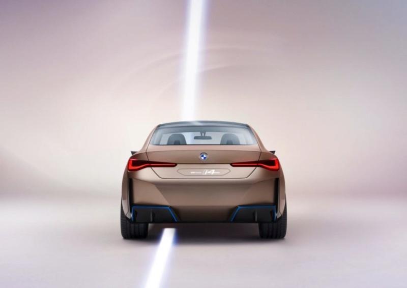 2020 - [BMW] Concept I4 - Page 2 B11d1d10