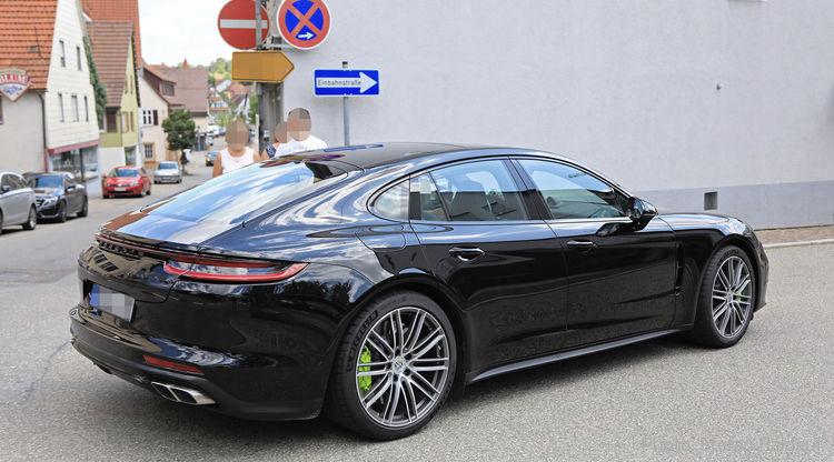 2020 - [Porsche] Panamera II restylée  B2458010