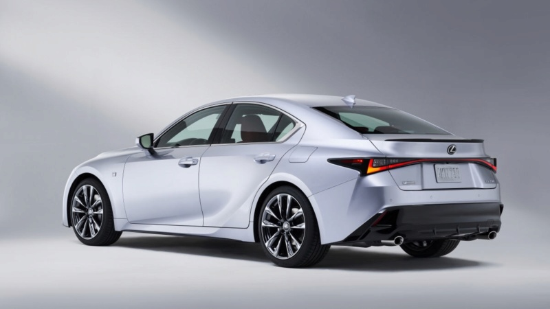 Lexus IS (2020) 30