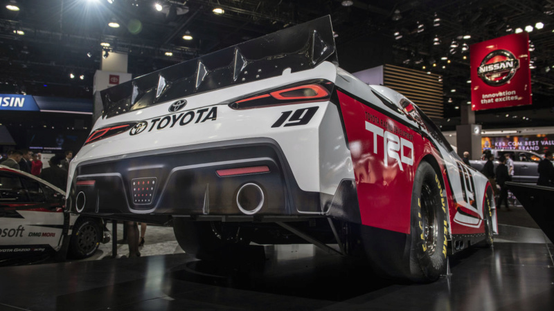 2018 - [Toyota] Racing concept B4046810