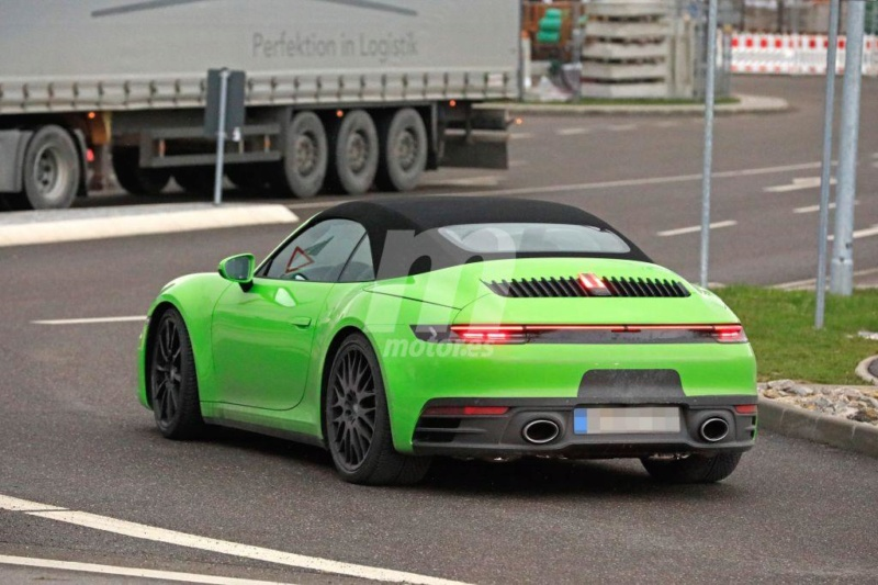 2018 - [Porsche] 911 - Page 13 B4774c10