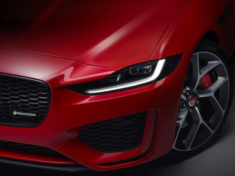 2019 - [Jaguar] XE restylée  B48fea10