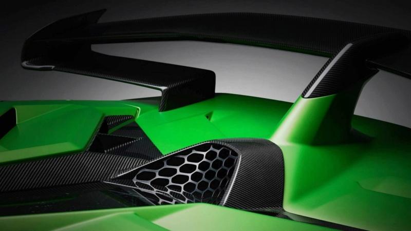 2011 - [Lamborghini] Aventador LP700-4 - Page 27 B54e0710