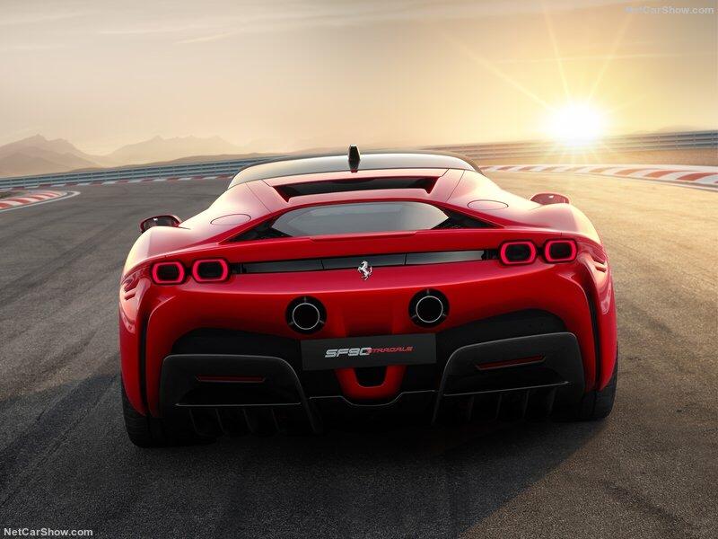 2019 - [Ferrari] SF90 Stradale (hybride) - Page 3 B5bbf910