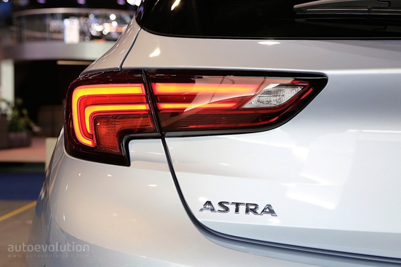 2018 - [Opel] Astra restylée  - Page 7 B6fa6110