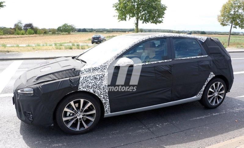 2020 - [Hyundai] I30 III 5p/SW/Fastback Facelift B8355810