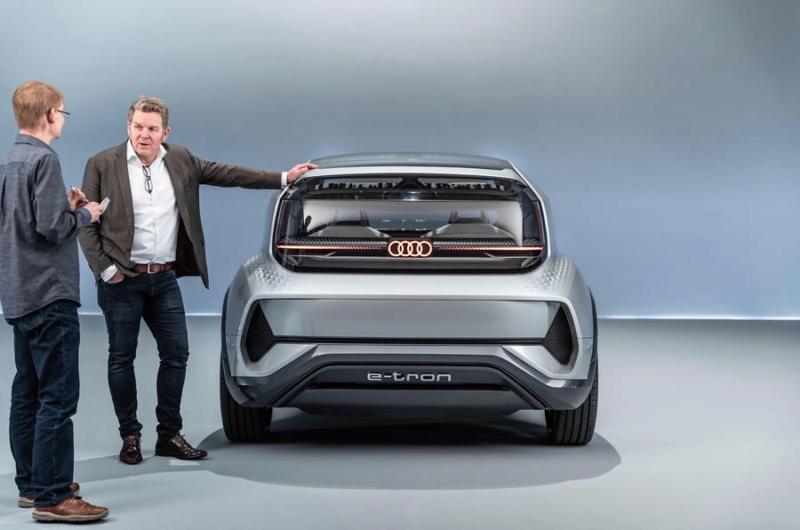 2019 - [Audi] AI:me E-Tron / AI:Trail Quattro Bb240f10