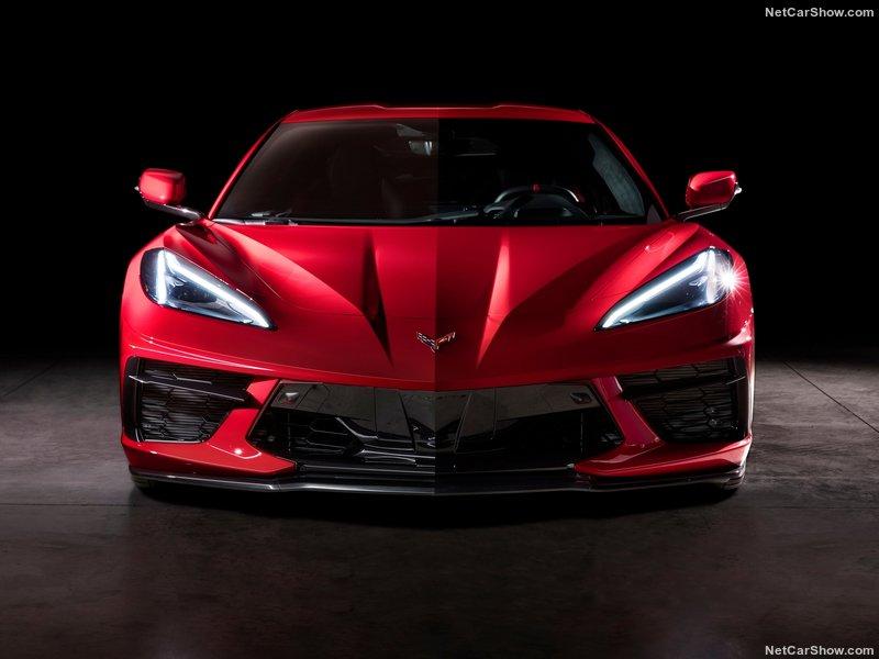 Corvette C8 Stingray (2019) 16