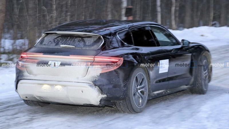 2020 - [Porsche] Taycan Sport Turismo Bbd82d10