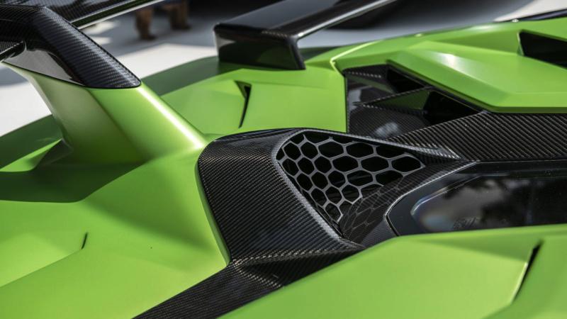 2011 - [Lamborghini] Aventador LP700-4 - Page 27 Bc1ca410