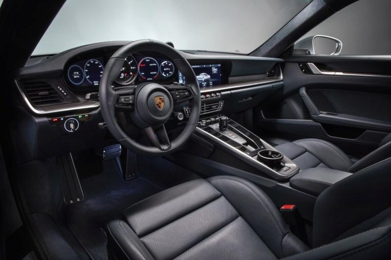 Porsche 911 (992) 2019 16