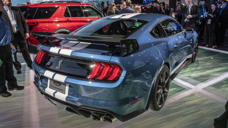 2014 - [Ford] Mustang VII - Page 16 Bd6bbd10